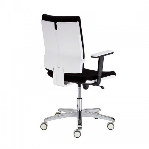 Работен стол Madame - черен
